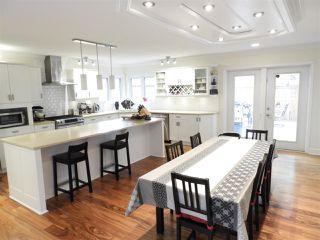 Photo 5: 10531 140 Street in Edmonton: Zone 11 House for sale : MLS®# E4183011