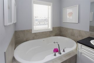 Photo 22: 807 HARDY Place in Edmonton: Zone 58 House for sale : MLS®# E4186294