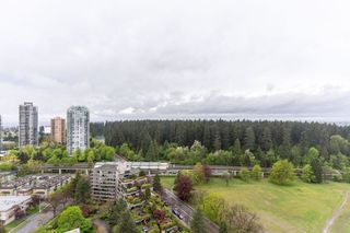 "Photo 15: 2705 5883 BARKER Avenue in Burnaby: Metrotown Condo for sale in ""ALDYNE ON THE PARK"" (Burnaby South)  : MLS®# R2453440"