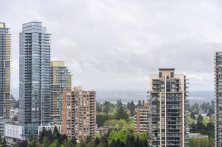 "Photo 16: 2705 5883 BARKER Avenue in Burnaby: Metrotown Condo for sale in ""ALDYNE ON THE PARK"" (Burnaby South)  : MLS®# R2453440"