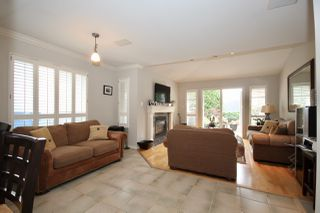 Photo 9: 380 55A Street in Delta: Pebble Hill House 1/2 Duplex for sale (Tsawwassen)  : MLS®# R2454776