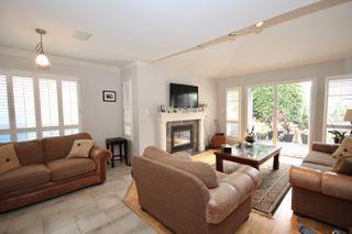 Photo 13: 380 55A Street in Delta: Pebble Hill House 1/2 Duplex for sale (Tsawwassen)  : MLS®# R2454776