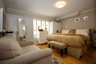 Photo 15: 380 55A Street in Delta: Pebble Hill House 1/2 Duplex for sale (Tsawwassen)  : MLS®# R2454776