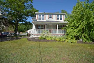 Photo 1: 77 Lakeview Road in Lakeview: 30-Waverley, Fall River, Oakfield Residential for sale (Halifax-Dartmouth)  : MLS®# 202013137