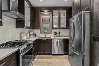 """Photo 14: 1017 KEEFER Street in Vancouver: Strathcona House 1/2 Duplex for sale in """"KEEFER STATION"""" (Vancouver East)  : MLS®# R2508526"""
