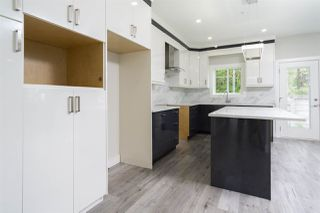 """Photo 4: 4715 CARL CREEK Lane in Abbotsford: Abbotsford East House for sale in """"Dianne Brook Development"""" : MLS®# R2522628"""