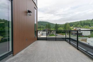 """Photo 11: 4715 CARL CREEK Lane in Abbotsford: Abbotsford East House for sale in """"Dianne Brook Development"""" : MLS®# R2522628"""