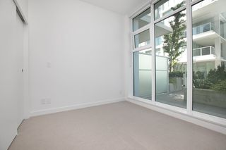 "Photo 8: 329 2220 KINGSWAY in Vancouver: Victoria VE Condo for sale in ""KENSINGTON GARDENS"" (Vancouver East)  : MLS®# R2388002"