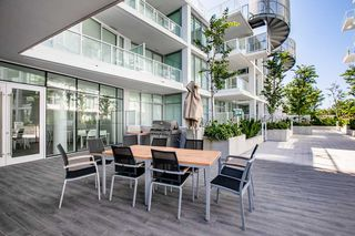 "Photo 14: 329 2220 KINGSWAY in Vancouver: Victoria VE Condo for sale in ""KENSINGTON GARDENS"" (Vancouver East)  : MLS®# R2388002"