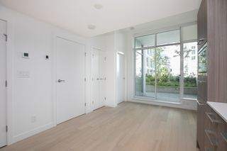 "Photo 6: 329 2220 KINGSWAY in Vancouver: Victoria VE Condo for sale in ""KENSINGTON GARDENS"" (Vancouver East)  : MLS®# R2388002"