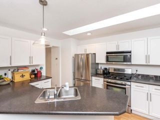 Photo 10: 581 Marine View in COBBLE HILL: ML Cobble Hill House for sale (Malahat & Area)  : MLS®# 825299