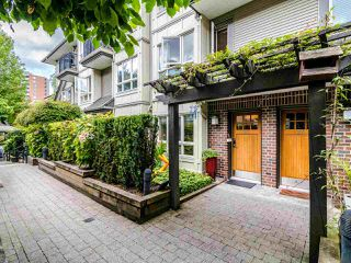 "Photo 19: 23 4055 PENDER Street in Burnaby: Willingdon Heights Townhouse for sale in ""Redbrick"" (Burnaby North)  : MLS®# R2409808"