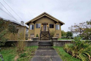 Photo 19: 3586 BELLA-VISTA Street in Vancouver: Knight House for sale (Vancouver East)  : MLS®# R2415260
