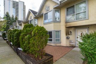 Photo 2: 122 4155 SARDIS Street in Burnaby: Central Park BS Townhouse for sale (Burnaby South)  : MLS®# R2419052