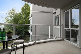 """Photo 21: 309 8460 JELLICOE Street in Vancouver: South Marine Condo for sale in """"Boardwalk"""" (Vancouver East)  : MLS®# R2468669"""