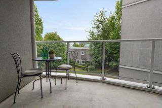 """Photo 20: 309 8460 JELLICOE Street in Vancouver: South Marine Condo for sale in """"Boardwalk"""" (Vancouver East)  : MLS®# R2468669"""