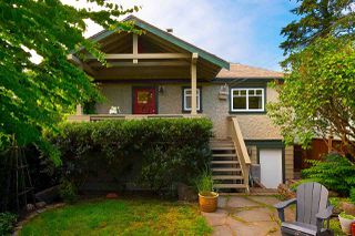 Main Photo: 2704 YALE STREET in Vancouver: Hastings Sunrise House for sale (Vancouver East)  : MLS®# R2467886