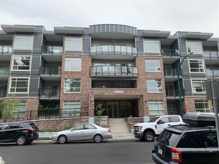 """Photo 1: 403 2436 KELLY Avenue in Port Coquitlam: Central Pt Coquitlam Condo for sale in """"LUMIERE"""" : MLS®# R2481447"""