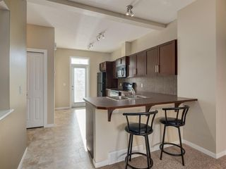 Photo 2: 157 NEW BRIGHTON Point SE in Calgary: New Brighton Row/Townhouse for sale : MLS®# A1023029