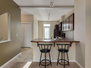 Photo 3: 157 NEW BRIGHTON Point SE in Calgary: New Brighton Row/Townhouse for sale : MLS®# A1023029