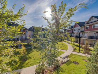 Photo 25: 157 NEW BRIGHTON Point SE in Calgary: New Brighton Row/Townhouse for sale : MLS®# A1023029