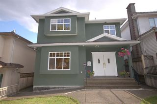 Main Photo: 3428 E 4TH Avenue in Vancouver: Renfrew VE House for sale (Vancouver East)  : MLS®# R2487553