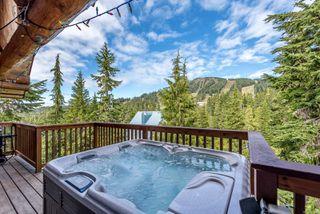 Main Photo: 882 Strata Way in : CV Mt Washington Single Family Detached for sale (Comox Valley)  : MLS®# 854685