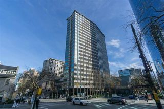 "Main Photo: 1703 989 NELSON Street in Vancouver: Downtown VW Condo for sale in ""The Electra"" (Vancouver West)  : MLS®# R2527658"