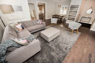 Photo 4: 9048 92 Street in Edmonton: Zone 18 House for sale : MLS®# E4168756