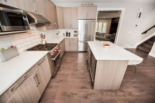 Photo 15: 9048 92 Street in Edmonton: Zone 18 House for sale : MLS®# E4168756