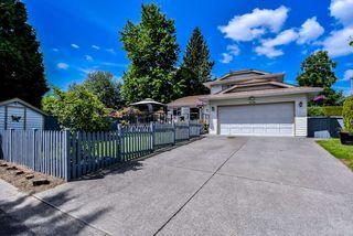 "Main Photo: 9058 160 Street in Surrey: Fleetwood Tynehead House for sale in ""MAPLE GLEN"" : MLS®# R2396876"