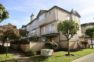 "Photo 1: 39 22800 WINDSOR Court in Richmond: Hamilton RI Townhouse for sale in ""Parc Savannah"" : MLS®# R2408500"