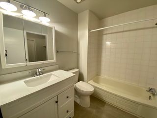 Photo 8: 329 10404 24 Avenue in Edmonton: Zone 16 Townhouse for sale : MLS®# E4176557