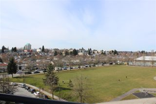 "Photo 12: 705 3520 CROWLEY Drive in Vancouver: Collingwood VE Condo for sale in ""THE MILLENIO"" (Vancouver East)  : MLS®# R2446146"