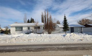 Photo 1: 91 20th Street West in Battleford: Residential for sale : MLS®# SK805257