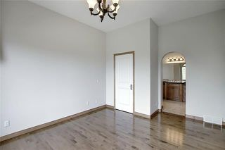 Photo 23: 43 ROCKYLEDGE Rise NW in Calgary: Rocky Ridge Detached for sale : MLS®# C4302946