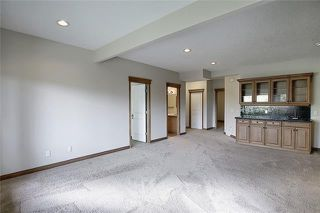 Photo 32: 43 ROCKYLEDGE Rise NW in Calgary: Rocky Ridge Detached for sale : MLS®# C4302946