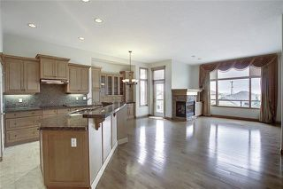 Photo 8: 43 ROCKYLEDGE Rise NW in Calgary: Rocky Ridge Detached for sale : MLS®# C4302946