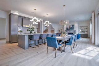 Photo 1: 2420 CARLETON Street SW in Calgary: Upper Mount Royal Detached for sale : MLS®# C4303455