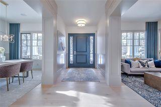 Photo 3: 2420 CARLETON Street SW in Calgary: Upper Mount Royal Detached for sale : MLS®# C4303455