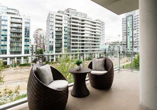 """Photo 13: 408 1633 ONTARIO Street in Vancouver: False Creek Condo for sale in """"KAYAK-Village on The Creek"""" (Vancouver West)  : MLS®# R2471926"""