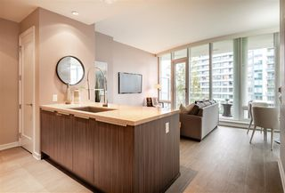 """Photo 5: 408 1633 ONTARIO Street in Vancouver: False Creek Condo for sale in """"KAYAK-Village on The Creek"""" (Vancouver West)  : MLS®# R2471926"""
