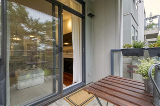 "Photo 17: 301 2688 VINE Street in Vancouver: Kitsilano Condo for sale in ""TREO"" (Vancouver West)  : MLS®# R2494225"