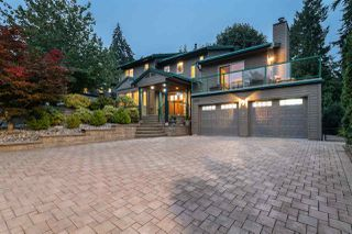 Photo 2: 1339 CHARTER HILL Drive in Coquitlam: Upper Eagle Ridge House for sale : MLS®# R2501443