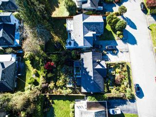 Photo 2: 798 FRIAR Crescent in North Vancouver: Dollarton House for sale : MLS®# R2512347