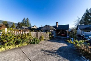 Photo 1: 798 FRIAR Crescent in North Vancouver: Dollarton House for sale : MLS®# R2512347