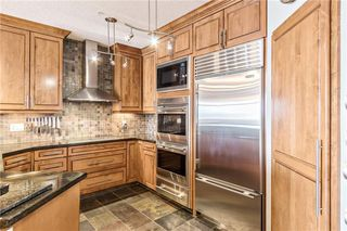 Photo 2: 103 6 HEMLOCK Crescent SW in Calgary: Spruce Cliff Apartment for sale : MLS®# A1054941