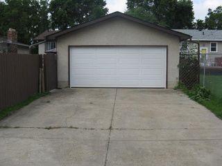 Photo 18: 11923 46 Street in Edmonton: Zone 23 House for sale : MLS®# E4168552