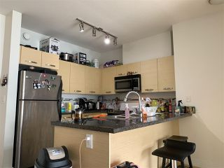"Photo 9: 318 33539 HOLLAND Avenue in Abbotsford: Central Abbotsford Condo for sale in ""THE CROSSING"" : MLS®# R2405813"