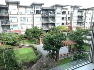 "Photo 14: 318 33539 HOLLAND Avenue in Abbotsford: Central Abbotsford Condo for sale in ""THE CROSSING"" : MLS®# R2405813"